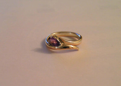 Amethyst 9ct yellow and white gold ring